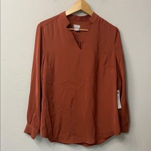 Chicos pullover top.Notch detail neck.NWT